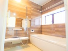 犬蔵2丁目鉄骨造リノベーション住宅の浴室